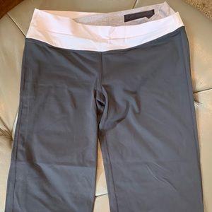 lululemon crop yoga pants size 12
